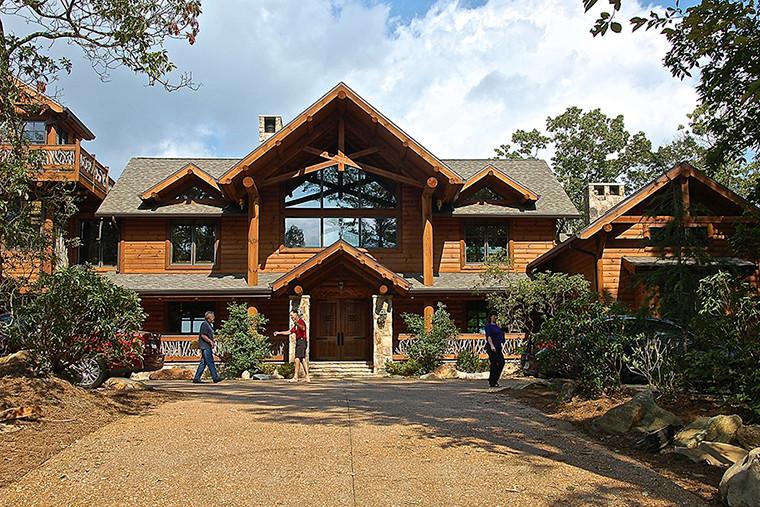 Blue Ridge, GA Residence - Front Daytime