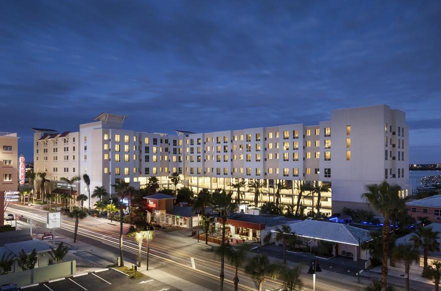 Clearwater, FL Springhill Suites/Residence Inn Exterior @ Dusk