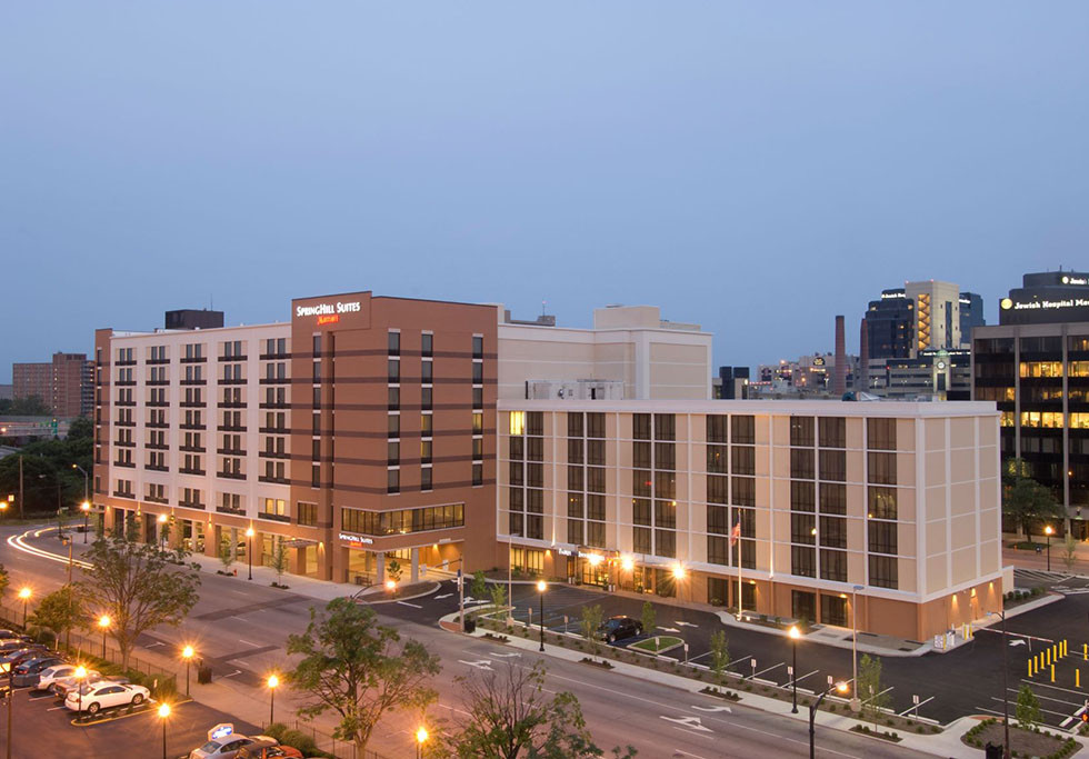 Louisville, KY Springhill Suites / Fairfield Inn Exterior