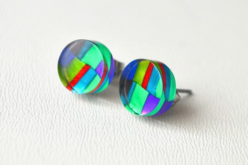 flat round stud earrings