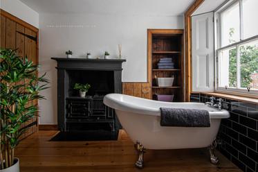 Traditional Bath | interior photography