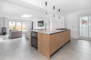 Open plan kitchen - day room | interior photography