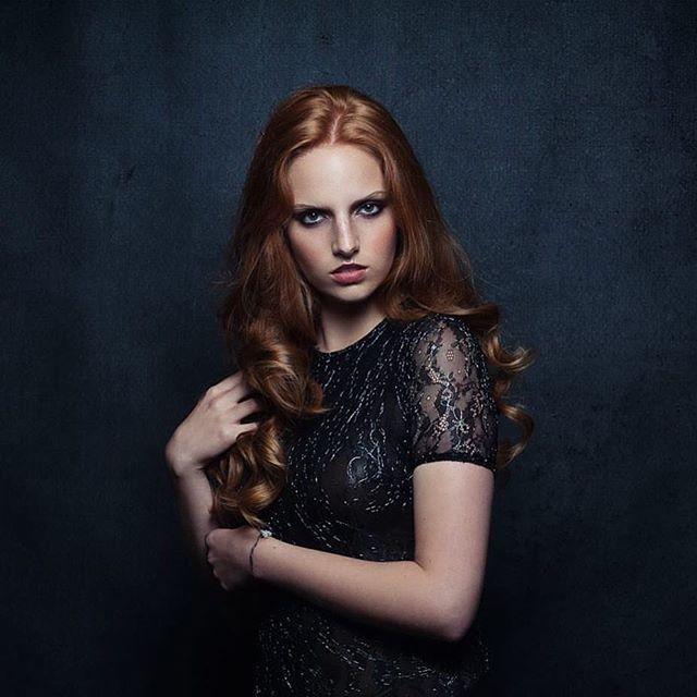 Makeup & Hair _ _vanessakuzermakeup _Model _ Soraia Almeida  _modelsfactory 📸  João Azevedo _#vanes