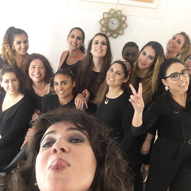 Makeup & Girls _#vanessakuzermakeup #makeupclass #makeuprofessional #makeuplife #makeupwork
