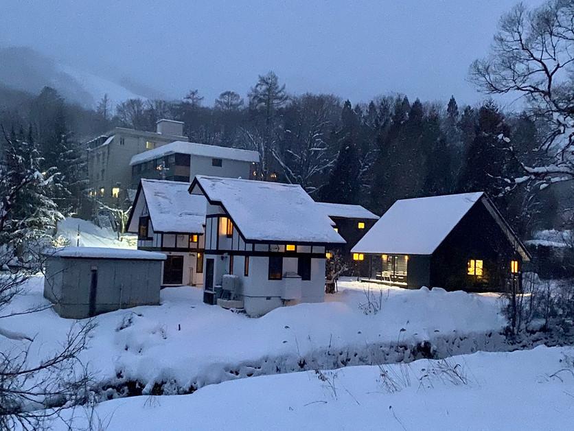 Zen Chalets - Mitsu Chalet - Best location in Hakuba