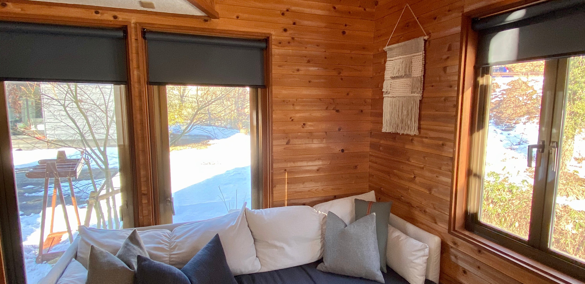 Cabins Lounge.JPG