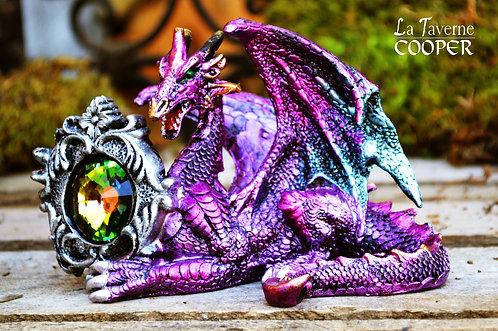 Dragon violet avec pierre