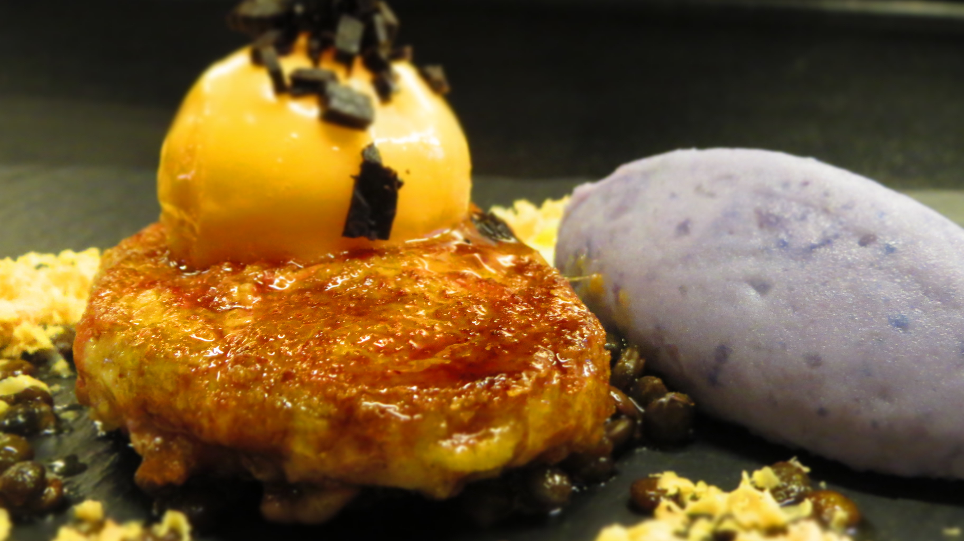 Foie gras - poached yolk - Vitelotte