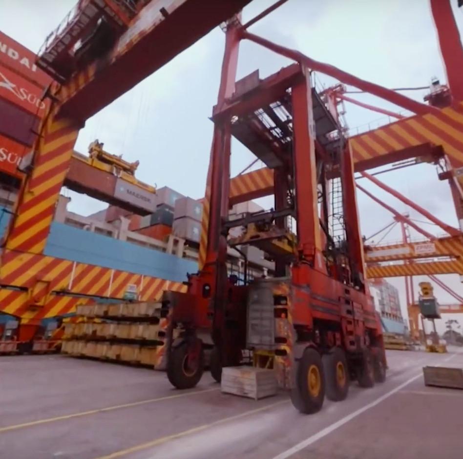 dockyard-training-vr-2.jpg