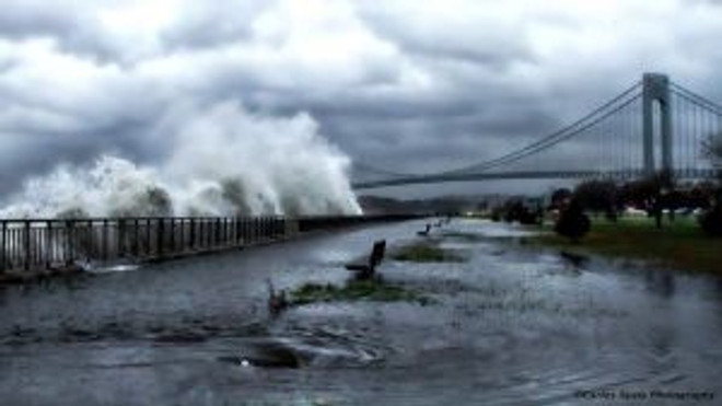 bridge-hurricane-121029