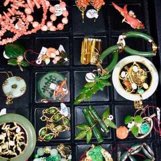 Asian Jewelry & Furnishings