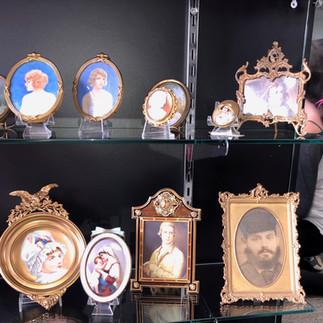 Antique Frames & Cameos