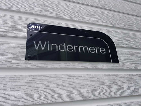 1562870888Abi Windermere (2).jpg