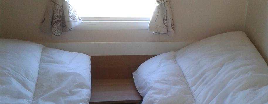 2 x Twin Bedrooms