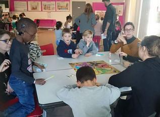 Expo au Centre Interculturel de Documentation: présentation du jeu Laïque Cité le jeux et de l'expo