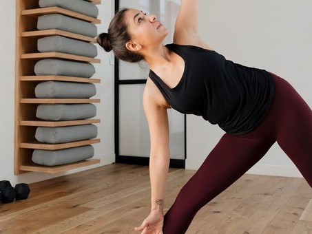 Strong direct-to-consumer sales drive 22% revenue rise at Lululemon