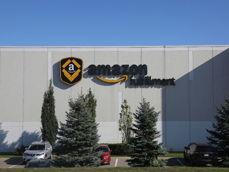 Amazon Warehouse Facing 2-Week Closure Amid Worsening Outbreak
