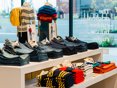 Lands' End's New Marketplace Focuses on Two Hot Categories