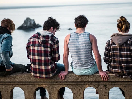 How traditional teen apparel brands went out of style