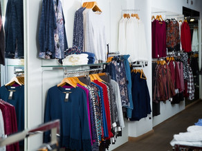 Holiday Retail Sales Growth Leaves Apparel Stores Behind