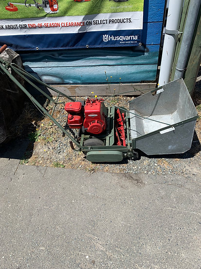 Briggs and Stratton reel mower USED