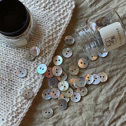 Perlemorknapper lys natur 10mm (50 stk)