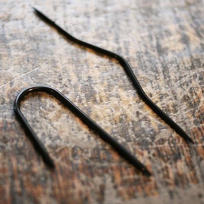 Flettepinner sort metall (2stk)