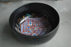 色絵大鉢「ケツの穴」全体像