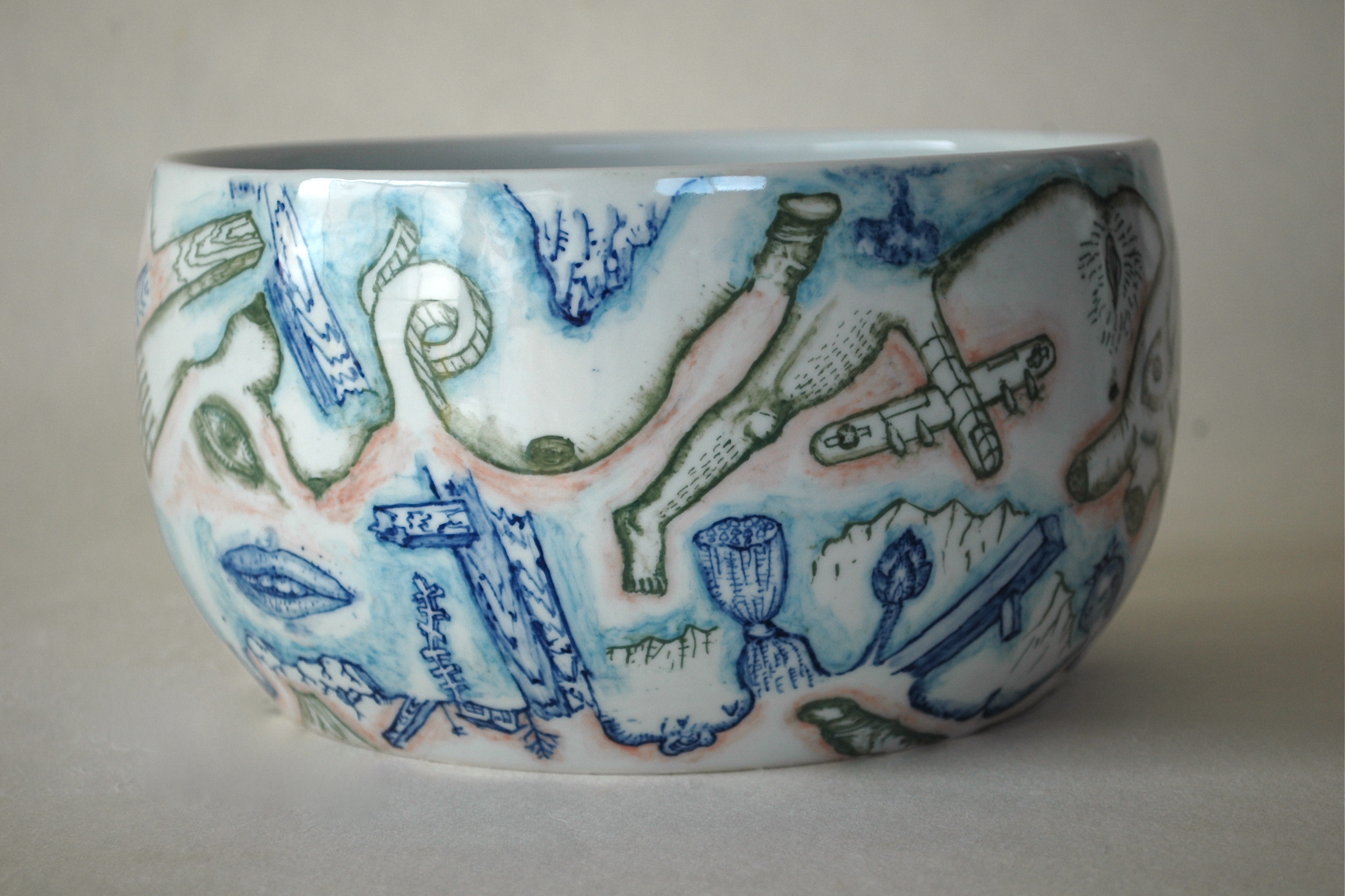 下絵鉢『戦争と平和の鉢』