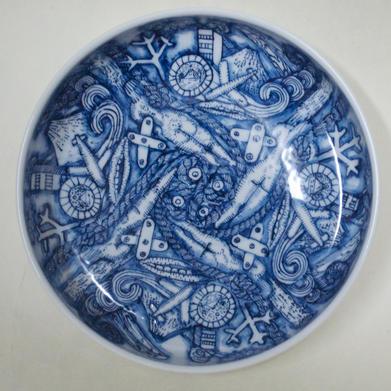 染付銅鑼鉢