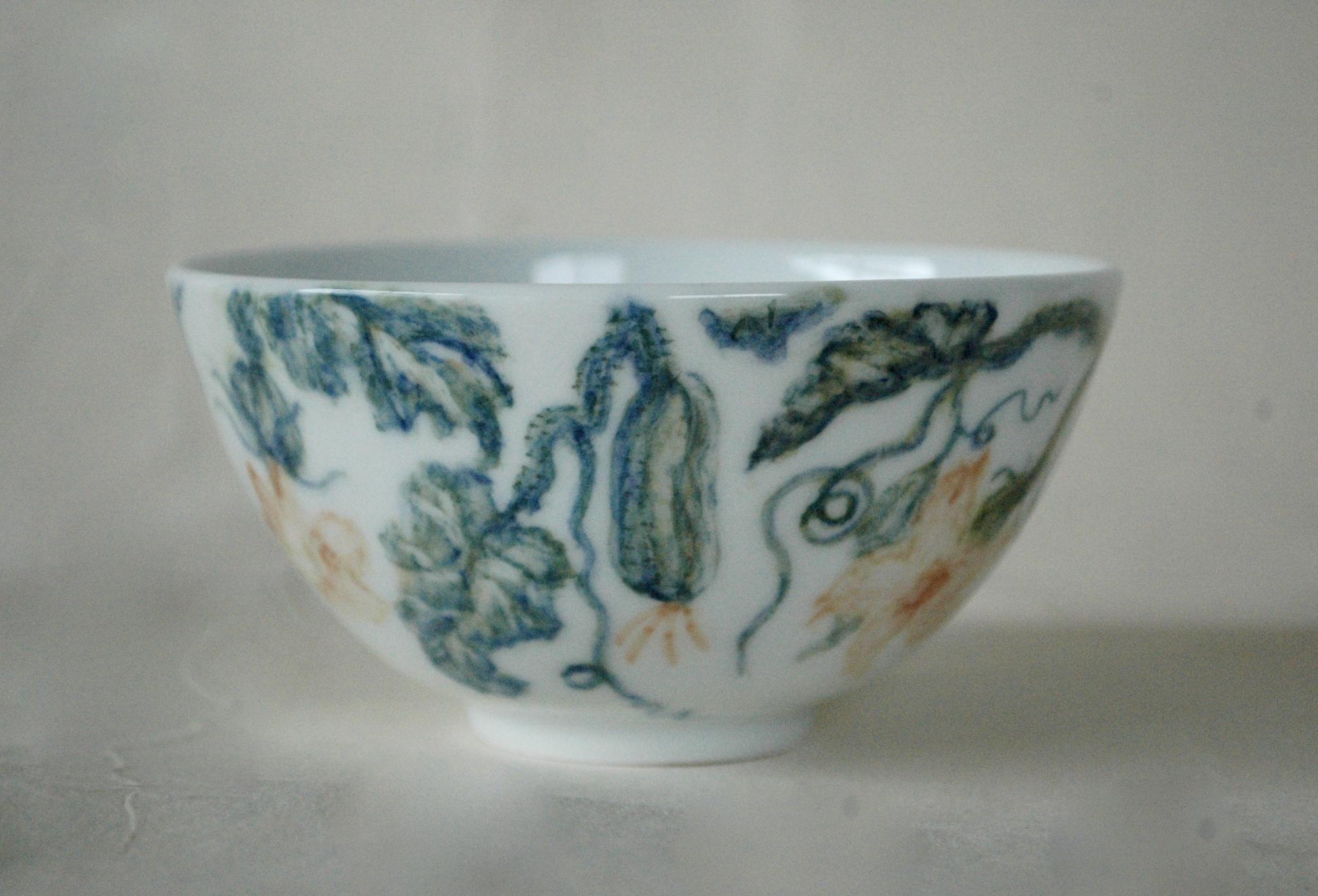 胡瓜の釉下彩碗別角度より