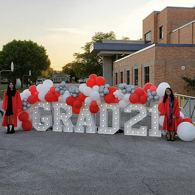 GRAD Big Light Up Marquee Letters_GRADUATION Rental_Balloon Decorations_Chicago_ Yellow Sh