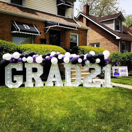 GRAD Big Light Up Marquee Letters_Balloon Decorations_Chicago_ Garduation Party_Yellow Sho