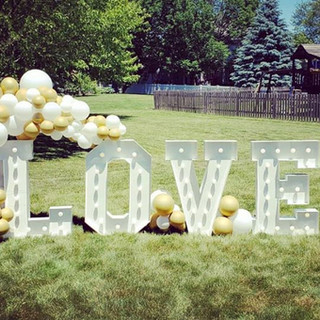 drive-by bridal shower_marquee letters_b