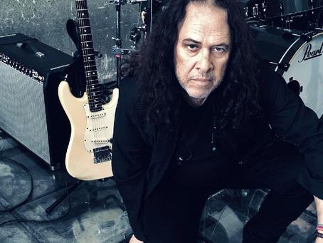 Morre o lendário guitarrista pernambucano Paulo Rafael, aos 66 anos