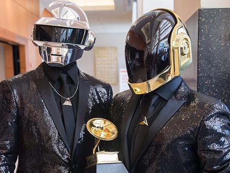 Daft Punk anuncia fim do duo após 28 anos
