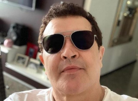 """Beto Barbosa lança nova música e fala sobre luta contra câncer: """"Tive muita determinação em ficar bo"""