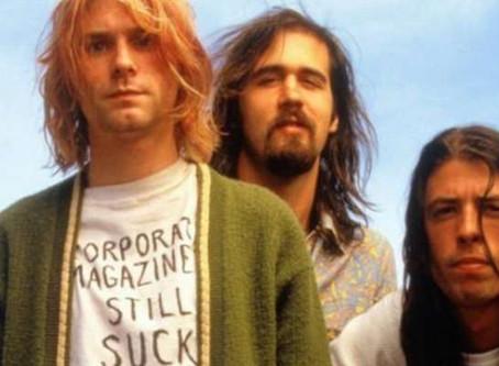"""""""Smells Like Teen Spirit"""", do Nirvana, é a música mais tocada da década!"""