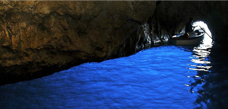 Blue Grotto, Capri - Amalfi Kayak