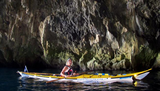 Pandora Grotto, Maiori, Amalfi Kayak