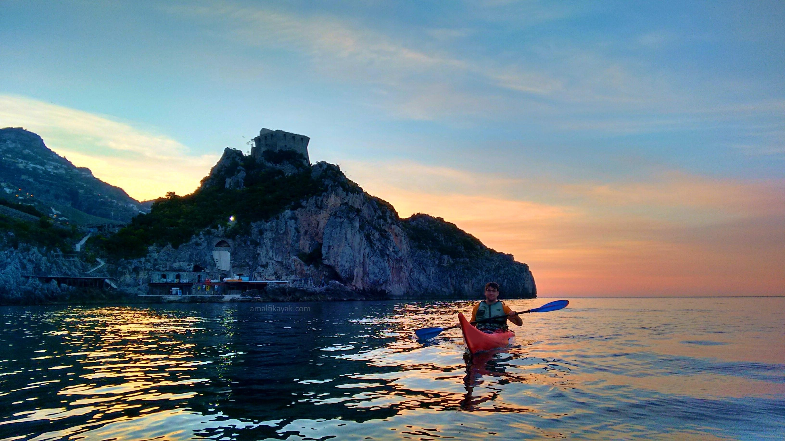 Conca dei Marini cape - Amalfi Kayak