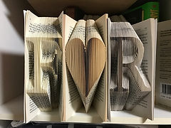 orufun initials f heart r