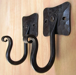 Back plate wall hooks handforged