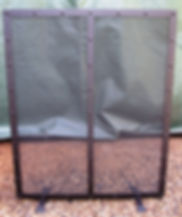 floor standing fire screen / fire guard