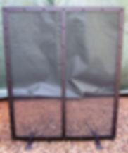 floor standing fire screen / fire guard