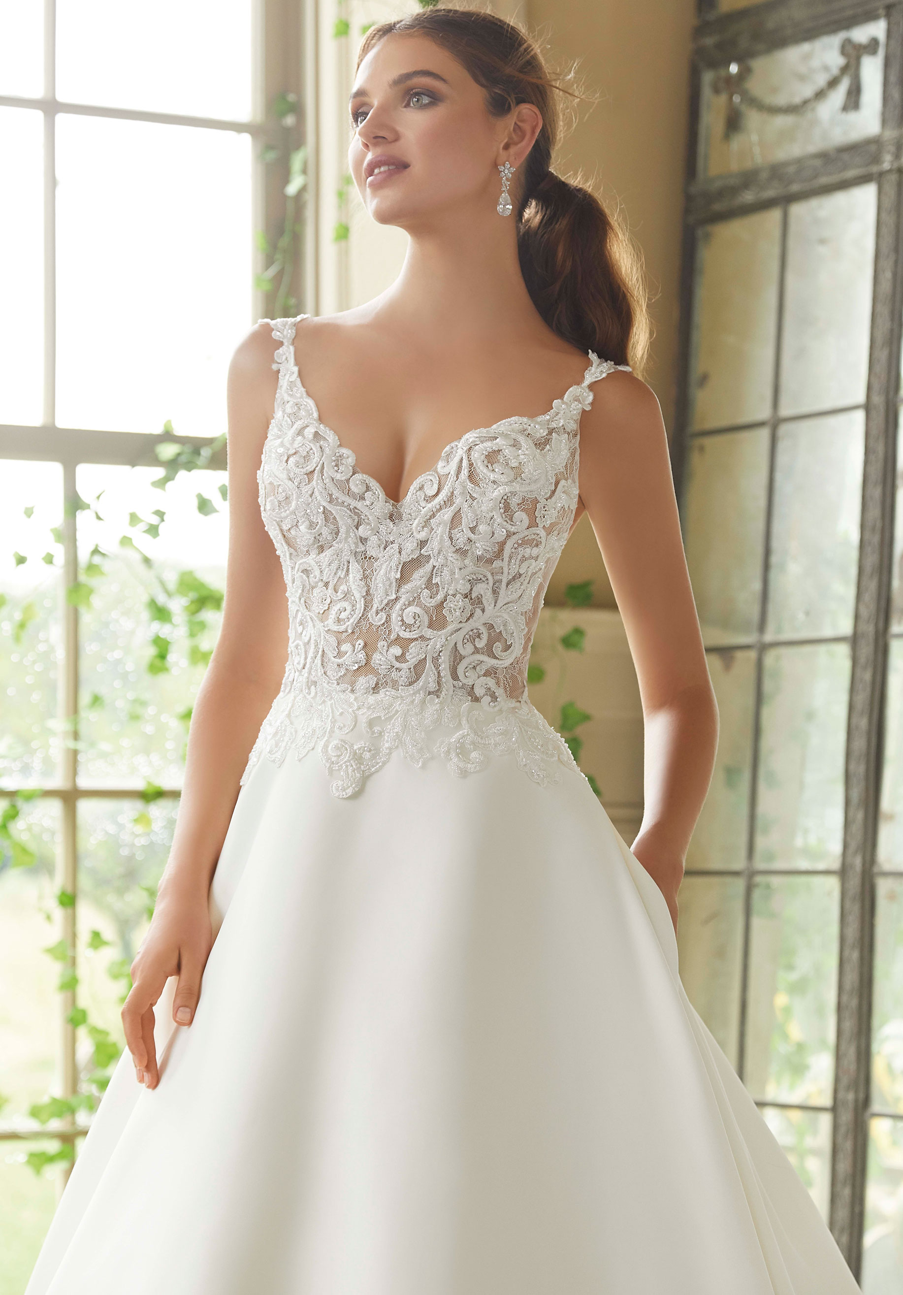 5716 Mori Lee at Aurora Bride