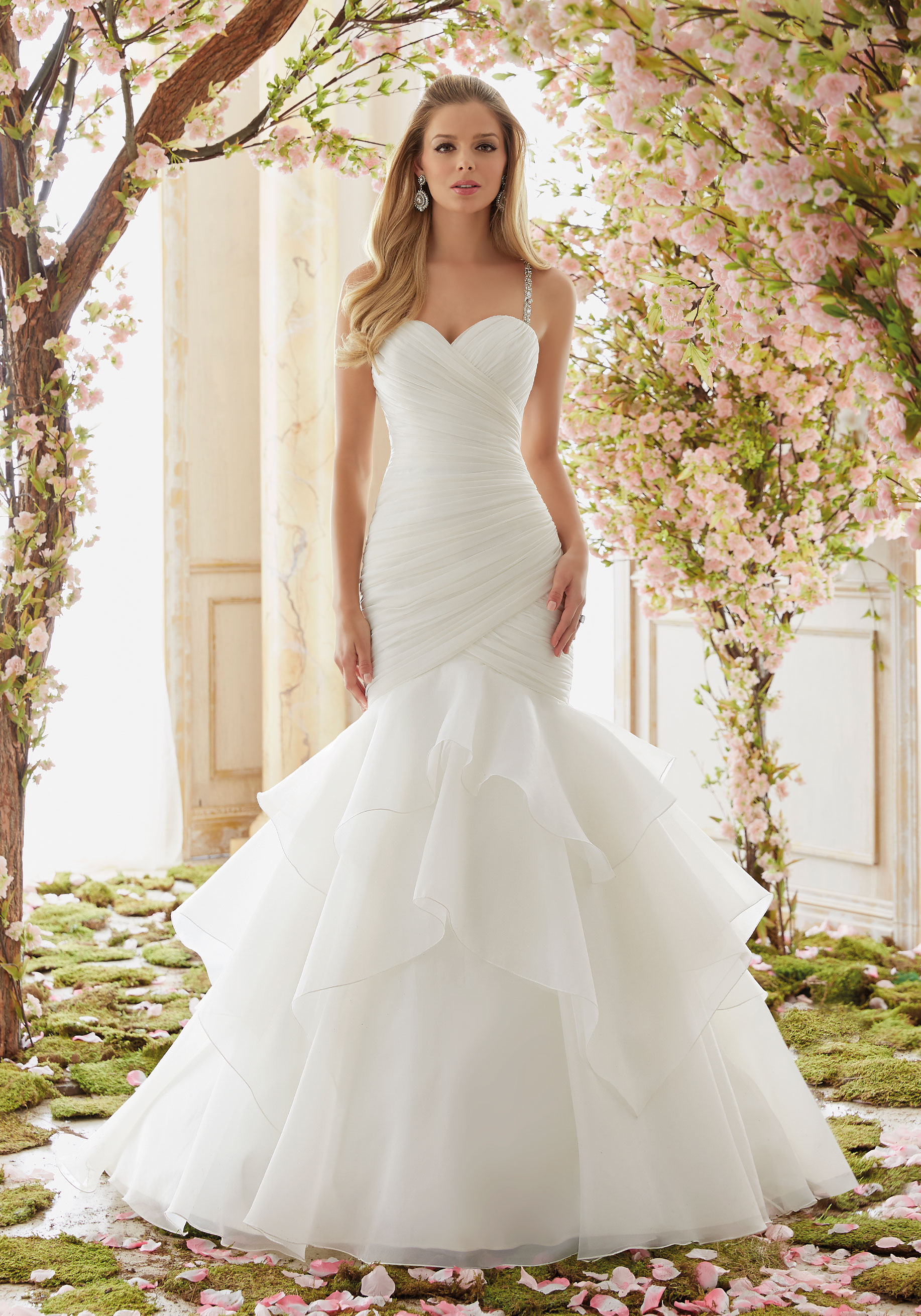 6833 Mori Lee at Aurora Bride