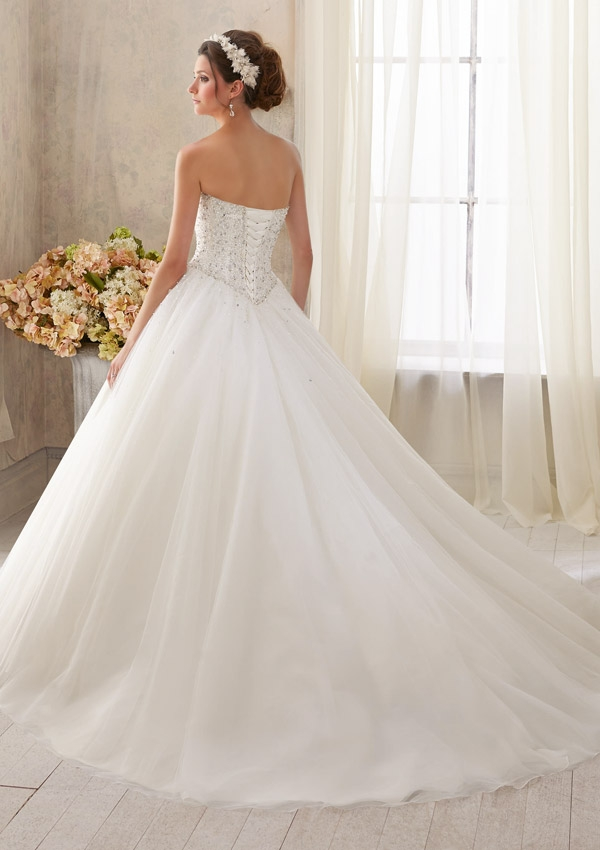 5216 Mori Lee at Aurora Bride
