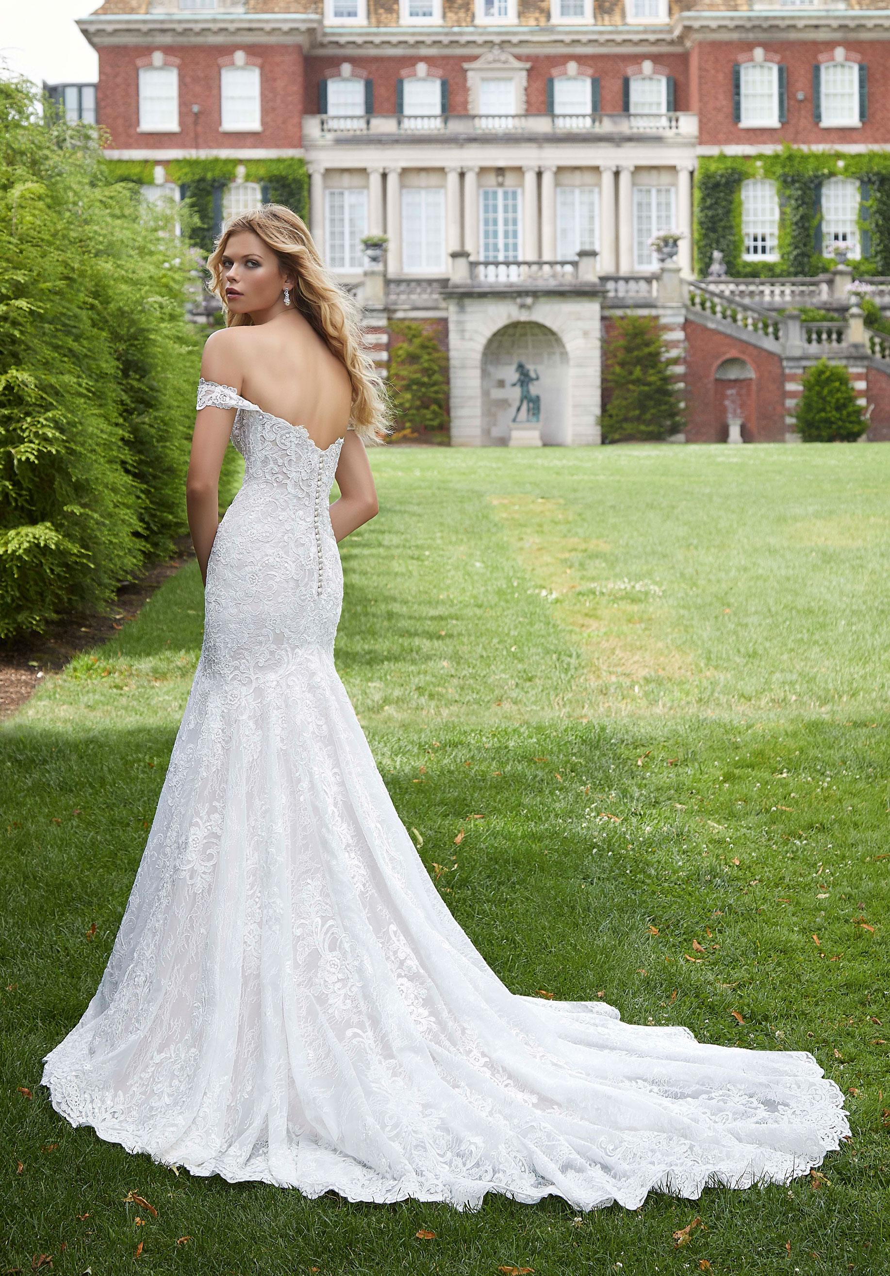 2036 Mori Lee at Aurora Bride