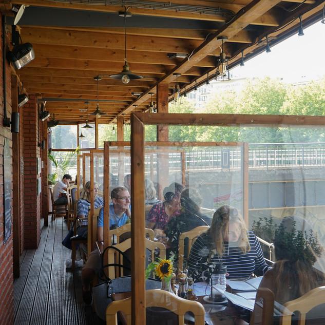 restaurant-outside-sitting-restaurant.jpg